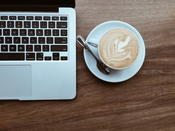 macbook-and-coffee